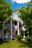 Casa amarilla de Nueva Inglaterra Fotos de archivo