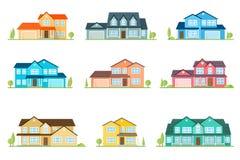 Casa americana suburbana do ícone liso Para o design web e a relação da aplicação, também útil para o infographics Casa da famíli ilustração royalty free