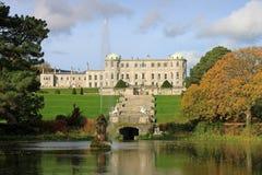 Casa & jardins de Powerscourt Fotografia de Stock Royalty Free