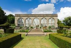 Casa antica del giardino Immagine Stock