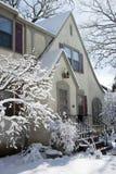 Casa após uma queda de neve Imagem de Stock Royalty Free