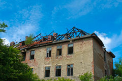 Casa arruinada después del fuego Fotografía de archivo
