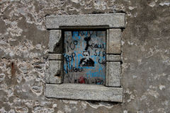 Casa arruinada, Quiberon, Bretaña Imágenes de archivo libres de regalías