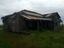 Casa assombrada condenada velha Foto de Stock