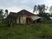 Casa assombrada condenada velha Imagens de Stock