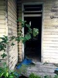 Casa assombrada condenada velha Imagem de Stock Royalty Free