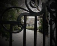 Casa atrás de um vence Fotografia de Stock