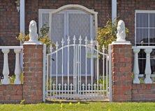 Casa australiana da família, cerca dianteira Foto de Stock
