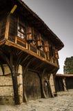 Casa búlgara vieja de Тraditional en Koprivshtica, Bulgaria Foto de archivo