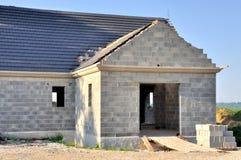 Casa bajo construcción Imágenes de archivo libres de regalías