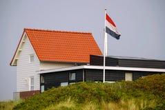 Casa blanca en la isla de Vlieland Imágenes de archivo libres de regalías
