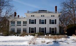 Casa blanca grande Imágenes de archivo libres de regalías
