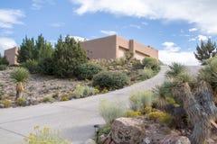 Casa bonita em uma cume da montanha do deserto Fotos de Stock