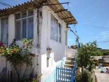Casa bonita em uma vila Fotografia de Stock Royalty Free