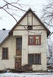 Casa branca velha fotos de stock