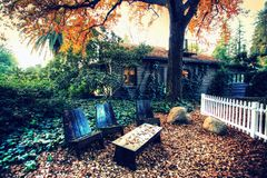 Casa California della cabina di ceppo per il vostro punto di vacanza Immagini Stock