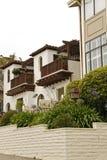 Casa californiana típica do estilo Fotos de Stock Royalty Free