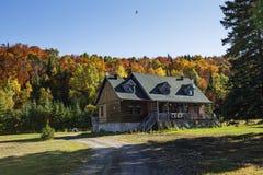 Casa canadense na queda Imagens de Stock Royalty Free
