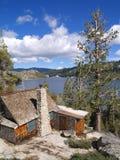 Casa cerca del lago echo, California Foto de archivo
