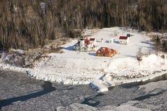 Casa chiara dell'isola del lampone in inverno Immagini Stock Libere da Diritti