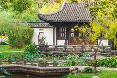 Casa cinese nel giardino Fotografia Stock