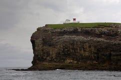 Casa clara de Nolsoy - Faroe Island Fotografia de Stock Royalty Free