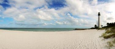 Casa clara na praia Foto de Stock Royalty Free