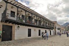 Casa colonial afuera Foto de archivo libre de regalías