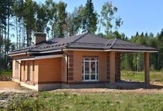 Casa colonial moderna do tijolo Imagens de Stock
