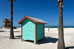 Casa colorida do banho da praia Fotos de Stock Royalty Free