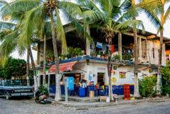 Casa colorida em Puerto Vallarta fotos de stock