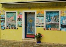 Casa Colourfully dipinta a Venezia, Italia Fotografia Stock Libera da Diritti