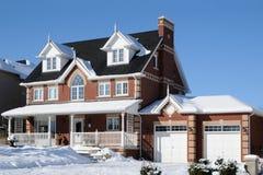 Casa com um patamar Imagens de Stock Royalty Free