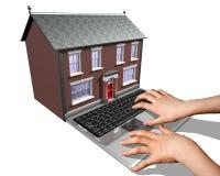 Casa-comprando sul Internet Fotografie Stock Libere da Diritti