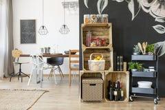 Casa con area pranzante Fotografie Stock