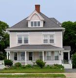 Casa con el pórtico grande Fotografía de archivo