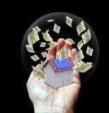 Casa con la energía solar para hacer el dinero Imagen de archivo