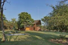 Casa con la sala de conferencias en Kudus Rus Game Lodge Imagen de archivo libre de regalías