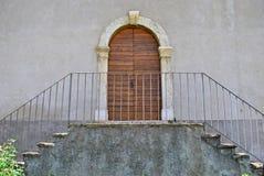 Casa con las ventanas Fotografía de archivo
