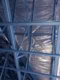 Casa con marco de acero Imagenes de archivo