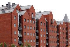 Casa con mattoni a vista nella città immagini stock