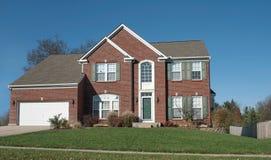 Casa con mattoni a vista rossa americana Fotografia Stock