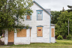 Casa condenada vieja Imagen de archivo libre de regalías