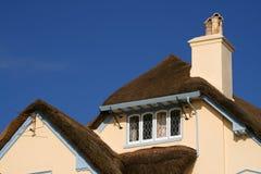 Casa cubierta con paja Foto de archivo