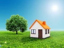 casa 3d, hierba verde y cielo azul Imágenes de archivo libres de regalías