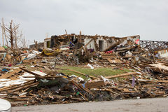 Casa dañada tornado Joplin MES Imagenes de archivo