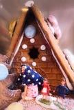 Casa da bruxa do pão-de-espécie fotografia de stock