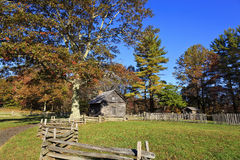Casa da cabana rústica de madeira Fotografia de Stock