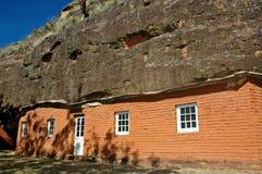 Casa da caverna fotografia de stock