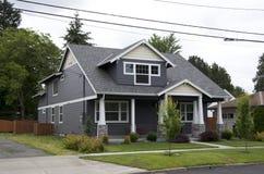 Casa da classe média de América imagem de stock royalty free